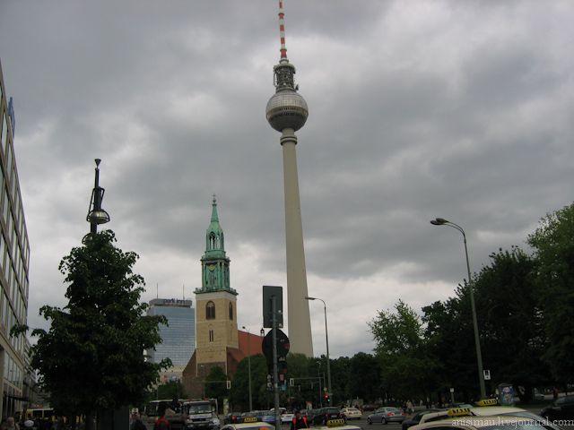 Берлинская телебашня (Германия)